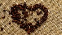 Hjärta från kaffebönor